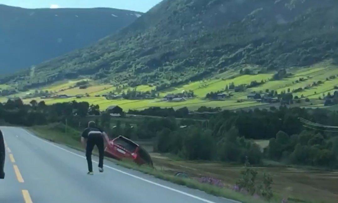 Da Hans Ove ville irettesette hissig sjåfør, gikk det fra galt til verre