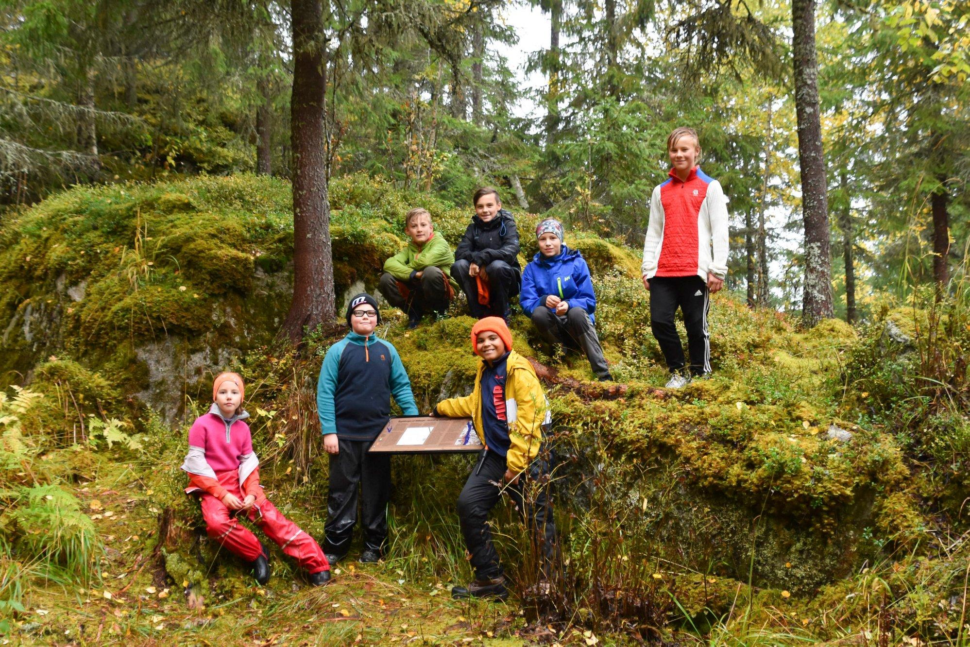 Spennende og lærerik uke i Åsmarka: – Dette har vært en borg