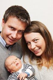 Camilla Sveen og Kristian Nilsplass fra Lesja fikk en gutt, Vemund, 26. august. Han veide 3.602 gram og var 53 cm lang. Foto: Silje Rindal