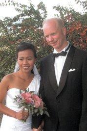 Mary Joy Requerque og Eivind Larssen giftet seg 6. september i Søre Ål kirke.