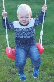 27.09. Magnus Elvestad Hipp hurra for Magnus som fyller 2 år i dag. Håper du får en fin dag med mange pakker. Stor bursdagsklem fra bestefar og Liv.