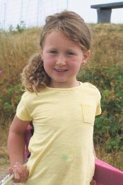 28.11. Mathilde Nyhus-Engelstad 6 år. Hipp hipp hurra for verdens beste storesøster og god-jente! Gratulerer med dagen, klemmer fra Casper og mamma. Mormor og bestefar hilser.