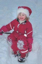 17.12. Emilie Bræin-Risa Kjære godjenta vår. Gratulerer med 4-årsdagen. Klem fra mormor og bestefar
