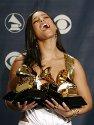 Alicia Keys er lykkelig over sine fire Grammy-priser. Den prestisjefulle prisutdelingen fant sted i The Staples Center i Los Angeles søndag.