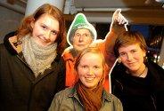 - Vi trenger litt inspirasjon fra Arne Næss, forteller Anne Gjesdahl (t.v.), Lisbeth Christine Toft og Maria Aas. De skal se den norske filmen Loop på kino.