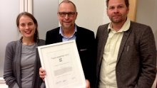 Redaktør i TV Telemark Nils Otto Sem (midten) sammen med Heidi Røneid og Rune Kreutz fra Fagutvalget