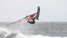 FLYR HØYT: Oda Stokstad Brødholt har virkelig markert seg i verdenscupen i windsurfing denne sesongen.