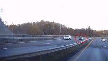 Bil i feil retning på E18.