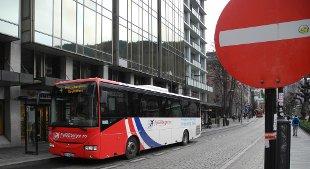Flybussbergen har avsluttet kjøring på alle rutene sine, og stengt kundesenteret i Olav Kyrres gate.