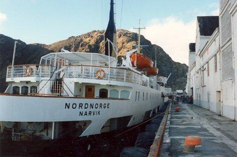 """Alle bildene er tatt i Stamsund.Her er det """"Nordnorge"""" som ligger til kai."""