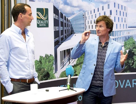 Espen Galtung Døsvig og Petter Stordalen la frem planene om utvidelse av Quality Hotel Edvard Grieg (11.06.2012).
