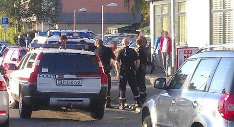 En 14-åring ble innbrakt av politiet etter slåssing på Rimi-butikken i Helleveien.