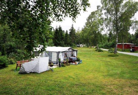 MULIG HYTTETOMT: Ved denne campingplassen kan det bli solgt tomter til hyttebygging. Stiftelsen Norsk Hydro feriesenter trenger kapital.
