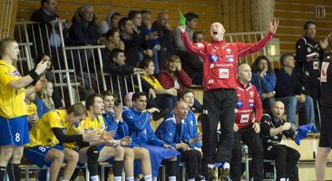 Anders Fältnäs fikk som vanlig en berg-og-dalbanetur på Fyllingen-benken. Men de vant til slutt, 31-29 over Drammen.