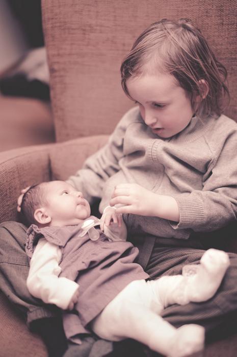 6. desember fikk lille Alexander en velskapt søster med navn Amanda Emilie. Født på Tønsberg sykehus med målene 3570 kg og 49 cm. Ann Kristin Torgersen og Stian Furuseth.