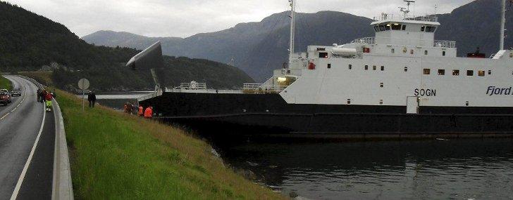 http://g.api.no/obscura/pub/728x1000r/03941/1314344958000_Fjord2_3941096728x1000r.jpg