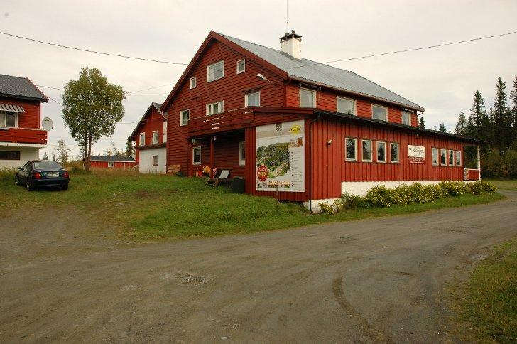 Os Gjestegård på Tonsåsen er ein av bustadene til asylsøkarar i Etnedal. No blir heile mottaket lagt ned.