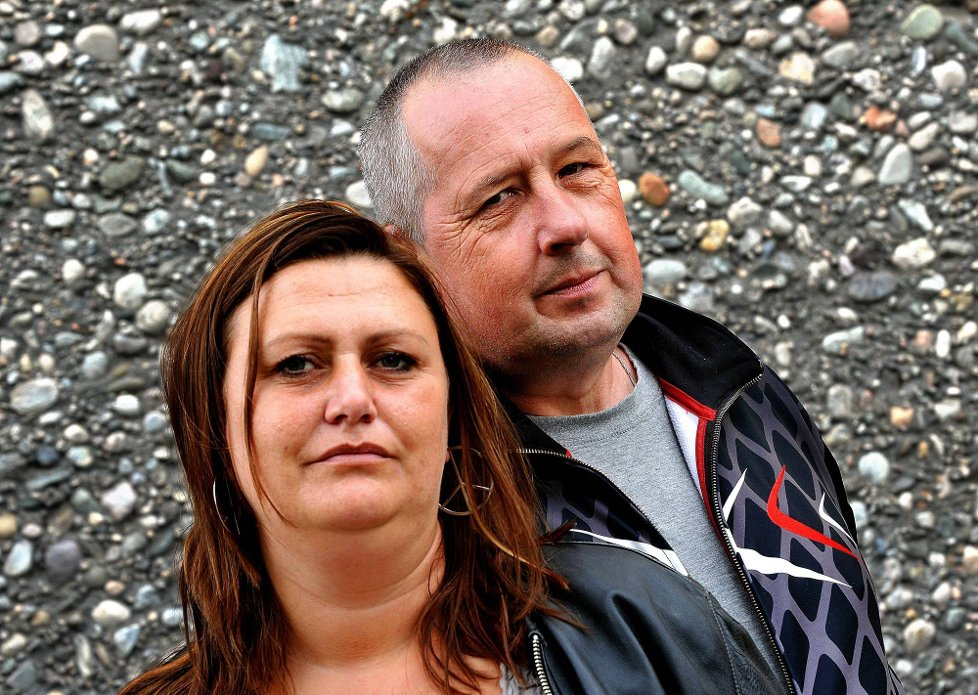 MISLIKER FORSLAG: Cecilie Nielsen og Einar Ferstad håper politikerne stopper forslaget om at ettervernet skal samlokaliseres med andre tjenster innen rus og psykiatri.