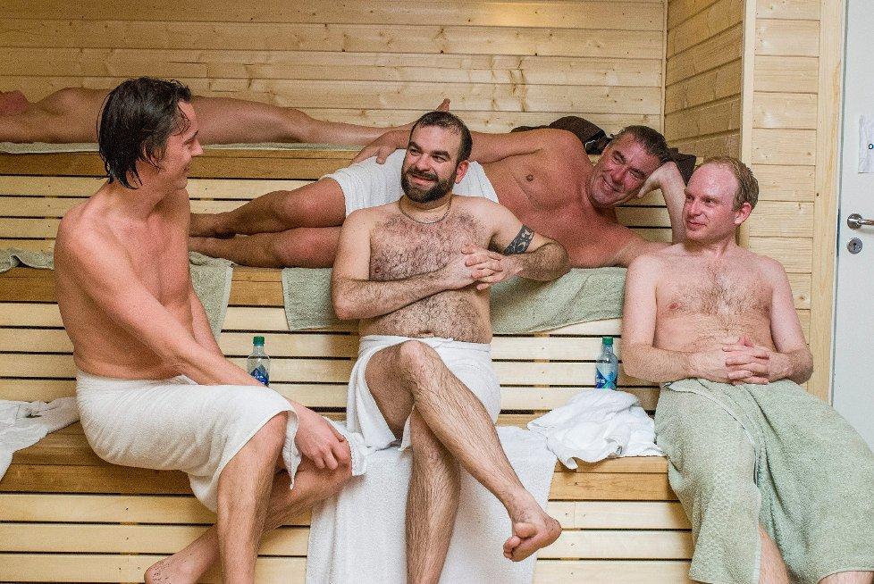 farris bad naken norske nakne