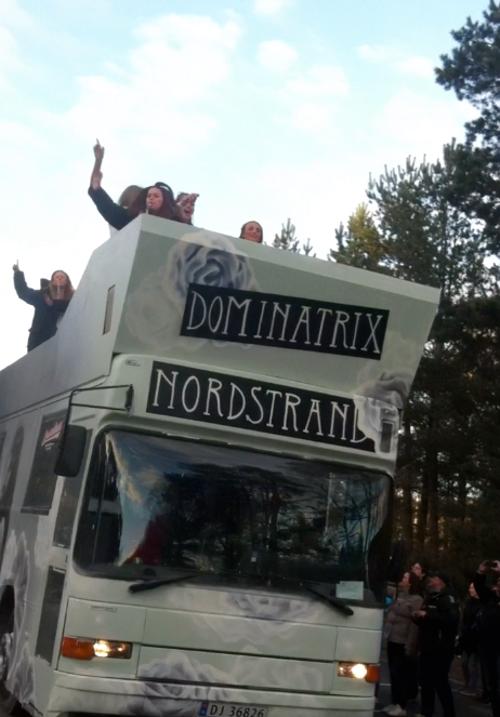 Dominatrix 2013 russebuss