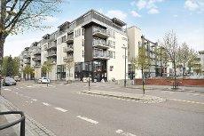Lillestrøm sentrum - Lekker og moderne 4-roms eierleilighet med garasje og heis. Attraktiv vestvendt balkong mot atrium