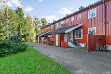 Bugården - Rekkehusleilighet i meget barnevennlig boligområde - Solrikt - 3 Soverom - Kjellerstue