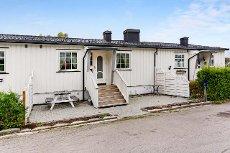 Horten/Lillås - Pen 3(4)-roms i barnevennlige omgivelser - Sentralt, kort vei til skoler - Hage og garasje
