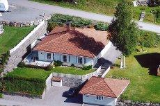 BOGERÅSEN - Lekker enebolig på en flate med solrikt tomt og fin utsikt