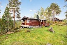 TA KONTAKT FOR PÅMELDING TIL VISNING! Fin hytte med 2 soverom ved Bringeland nær Førde