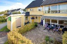 Røyken - Praktisk leilighet med 3 soverom - Meget solrikt - God beliggenhet på feltet