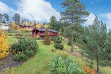 Moelv - Enebolig med stor hage og flott utsikt