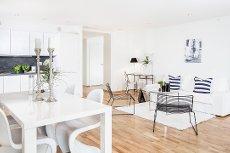 Tønsberg/Sentrum - Flott leilighet med høy standard i 2. etg - Heis - Garasje - 2 balkonger