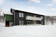Sulitjelma Fjellandsby - KAMPANJEPRISER! Flotte leiligheter rett ved alpinbakken