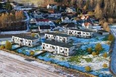 SANDE/DUNIHAGEN - 16 nye rekkehus og leiligheter med carport. 7 SOLGTE