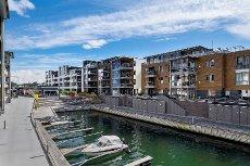 Kilen Brygge i 5 etg. Lys, pen leilighet med gode sol- og utsiktsforhold! Velkommen!