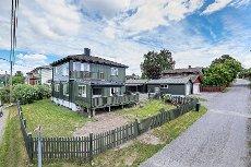 Hauan- Innholdsrik eiendom med 5 soverom, anneks/kennelhus og garasje! Gode solforhold.