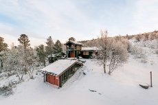 Hummelfjell - Flott herskapelig hytte med anneks og stor garasje. Ski in - ski out!