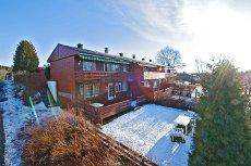 Son - Enderekkehus, vestvendt og solrikt med utsikt, kun 300 meter fra badestrand!