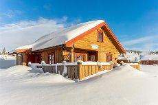 FURUTANGEN - Moderne og gjennomført hytte med flott beliggenhet