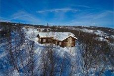 Stor flott familiehytte på Havsdalens solside - 940 m.o.h. Vinterbrøytet vei og usjenert beliggenhet.
