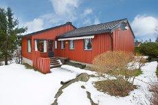 Vestby - Solrik enebolig på ett plan, meget barnevennlig og god beliggenhet! - Garasje
