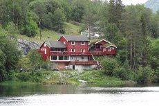 Unik eigedom på Farsund med panoramautsikt, fiskerett og eiga strandlinje!
