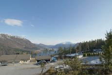 Stor bustadtomt med flott utsikt på Ulltang