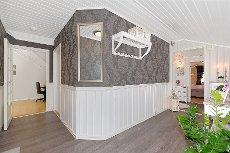 Andebu - Haugan - Kombinert nærings/bolig eiendom med stor tomt på hele 3,7 mål!
