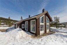 Lekker hytte under oppføring i Natrudstilen v/Sjusjøen. Lys og delikat, med god planløsning