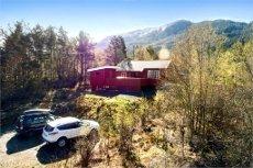 Koselig fritidseiendom med nyere hytte - Panoramautsikt over Bjoafjorden - Bjoa