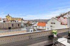 Arendal Sentrum - lekker selveierleilighet med balkong og parkeringsplass