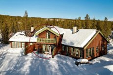 Innflytningsklar hytte / leilighet med 3 sov på Hemsedal Golf Alpin Flott helårs aktivitets og turområde. Langrenn, golf, fiske, tur og sykkling