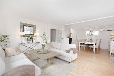En lys og lekker leilighet i et rolig og koselig boområde!