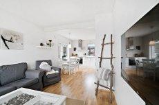GIMLE - Stilren og moderne 2-roms selveier, god standard, veranda og parkering. Gangavstand til UiT og UNN